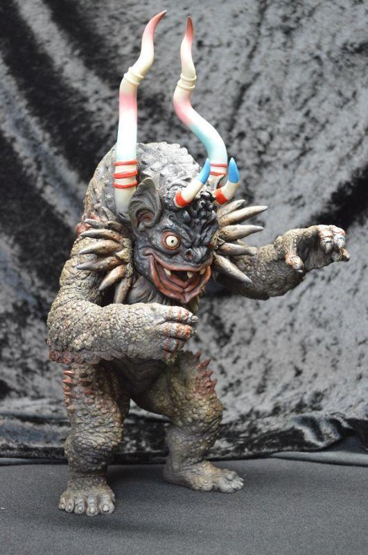 画像2: カプセル怪獣 ミクラス