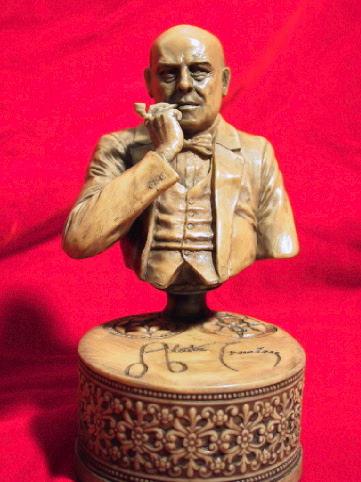 画像2: Aleister Crowley sculpture with pipe