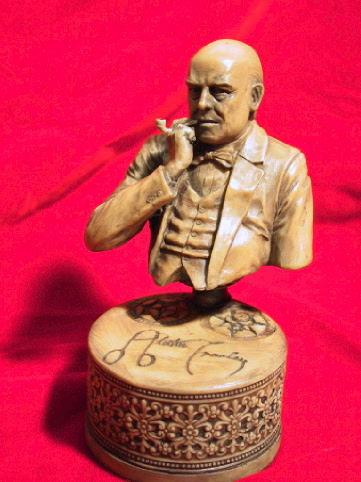 画像1: Aleister Crowley sculpture with pipe