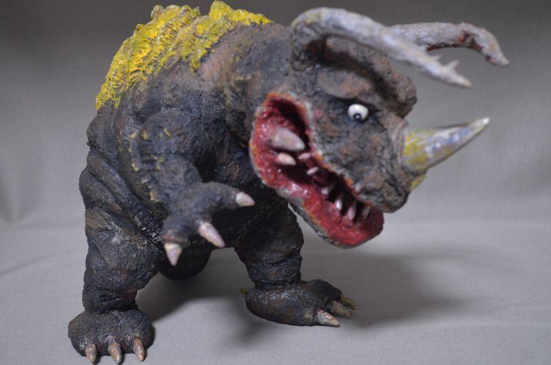 画像2: 透明怪獣ネロンガ