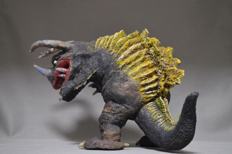 画像3: 透明怪獣ネロンガ